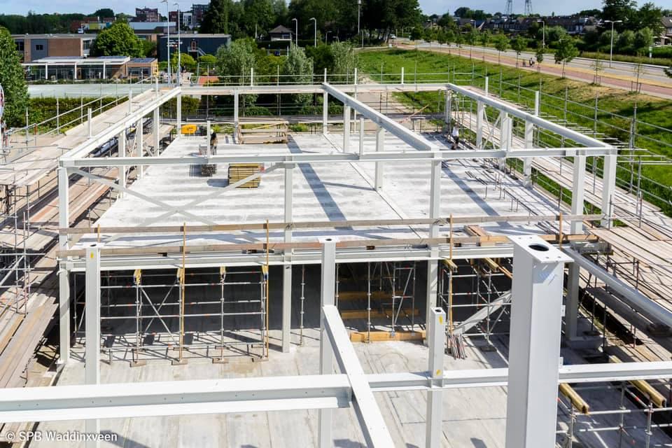 GS Staalwerken hielp SPB Waddinxveen aan stevige, stalen constructies voor hun nieuwe opleidingsgebouw.